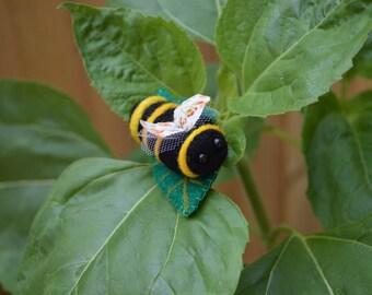 Neelde Felt Bumblebee Brooch, Leaf Cutter Bee Felt Animal Jewellery, Merino Wool