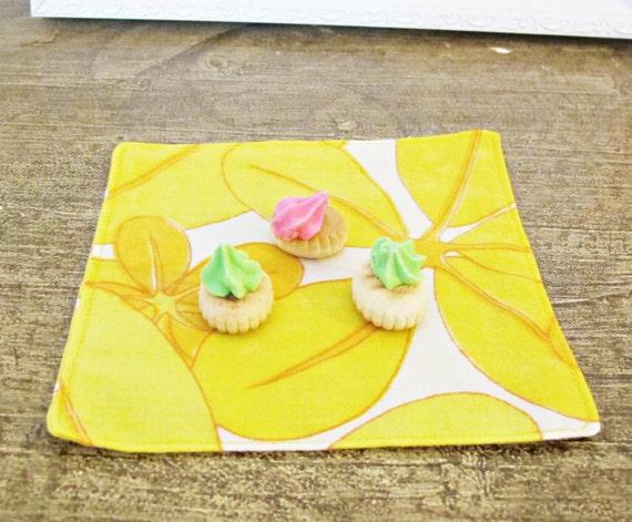 Yellow Cocktail Napkin Set Picnic Party Cloth Vintage Linen Etsy