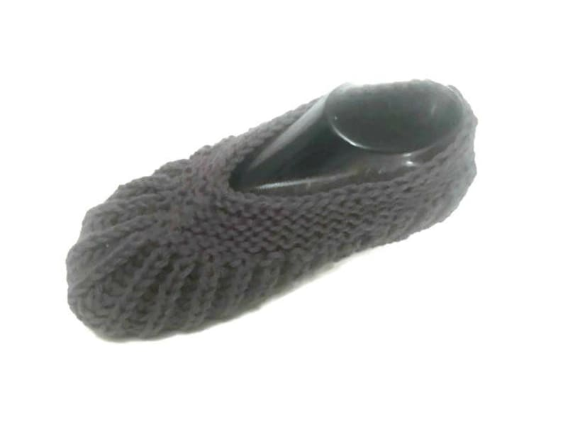 d933bd359a23 Brioche Stitch Slippers Easy Knitting Pattern Travel Slipper
