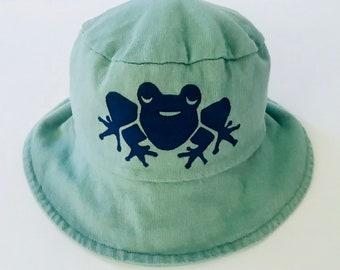 Green Frog Infant/Toddler Hat, Toddler Bucket Hat, Baby Hat, Frog Hat, Frog Infant Hat, Childs Hat, Kids Sun Hat, Toddler Sun Hat, Boy Hat