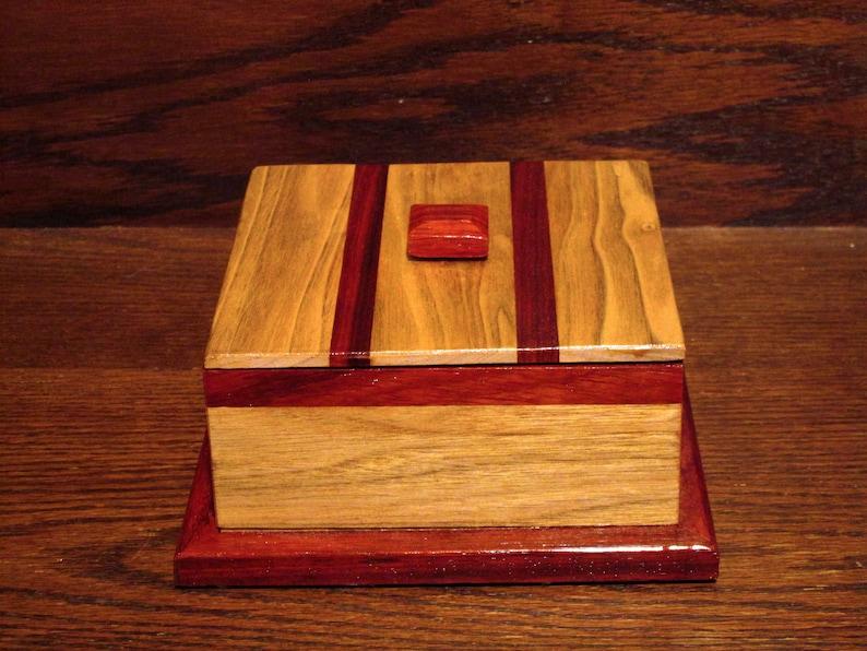 Beautiful Padauk and Butternut decorative box image 0