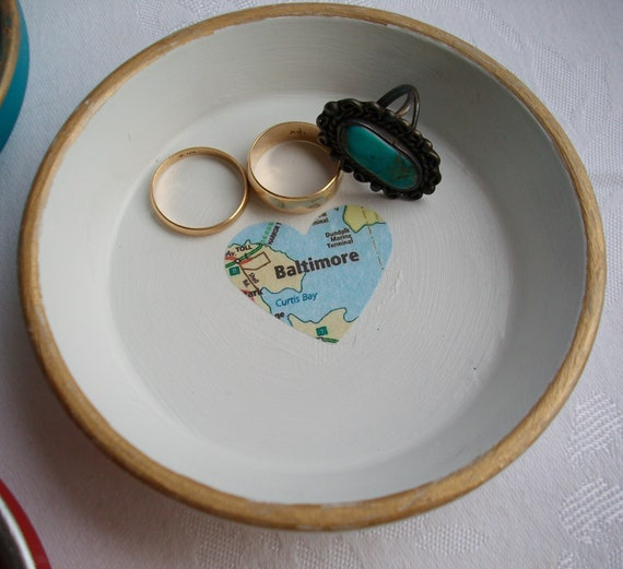 Personalized Ring Dish Customized Ceramic Jewelry Ring Holder Heart Ring Dish Catch All Trinket Bowl Engagement Gift Wedding Gift