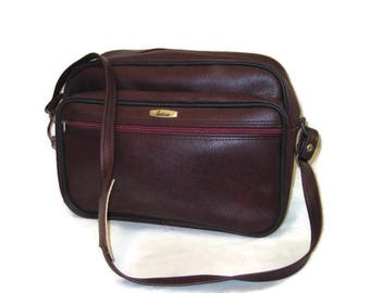 60s Maroon Tote Airline Carry On Vintage Luggage 1960s Vinyl Tote Vegan  Friendly Overnight Bag Burgundy Shoulder Bag Travel Bag Wine Red Bag b0f863fbcf934