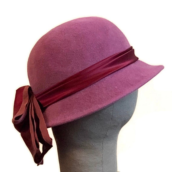 Vintage 60s Dusty Rose Cloche With Satin Ribbon &