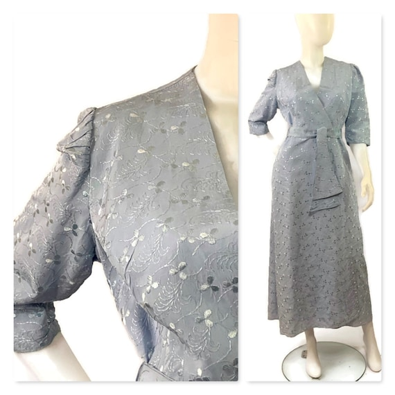 40s Hollywood Glamour, Blue on Blue Embroidered Ro