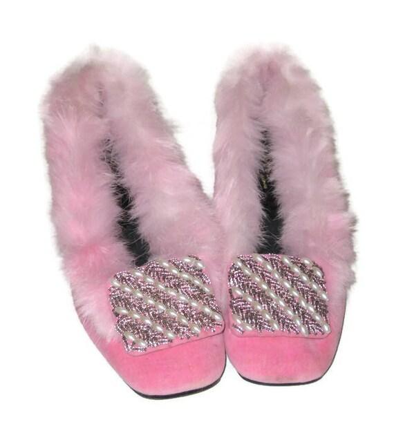 Vintage 60s Pink Fur Slippers, 1960s Beaded Slipp… - image 2