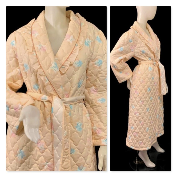 70s Peach Quilted Robe, Vintage 1970s Robe, Floral