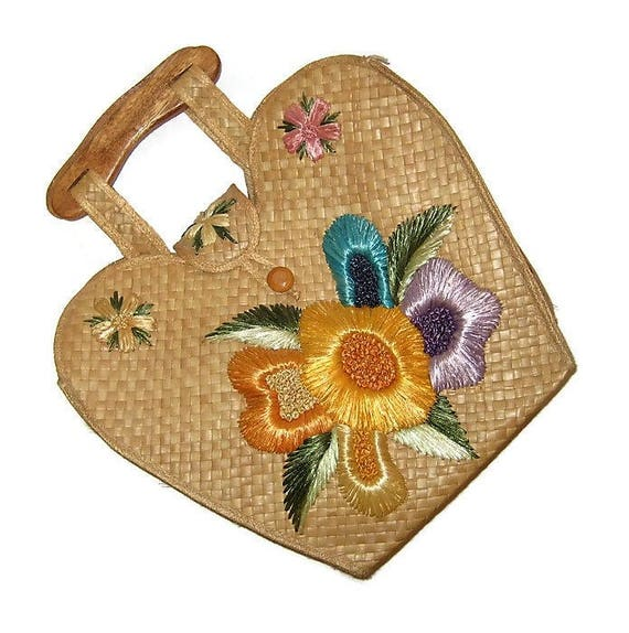 60s Straw Purse with Embroidered Raffia Flowers an