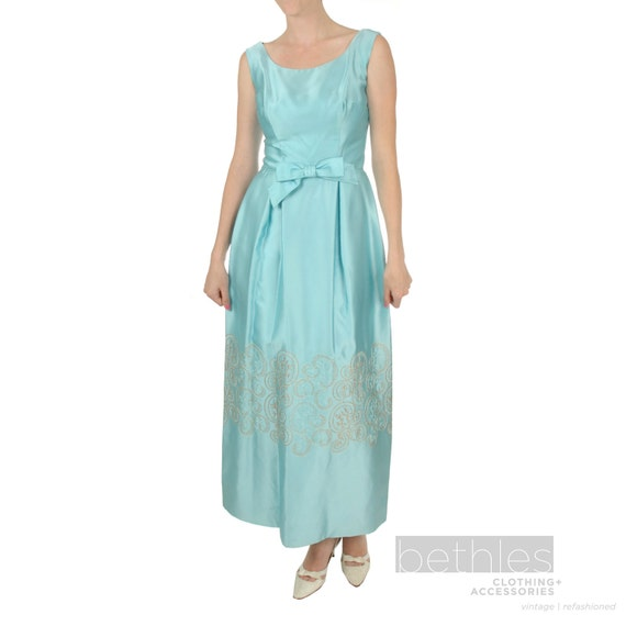 1950er Jahre Kleid langes Kleid blau Satin-Kleid ärmelloses   Etsy acfe906b64