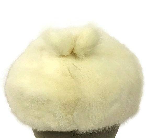 60s Mink Bubble Hat, Vintage 1960s White Fur Hat - image 3