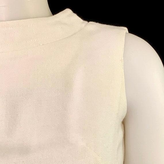 60s MOD White Sleeveless Mini Dress,  Vintage 196… - image 7