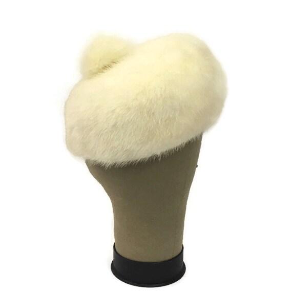 60s Mink Bubble Hat, Vintage 1960s White Fur Hat - image 2