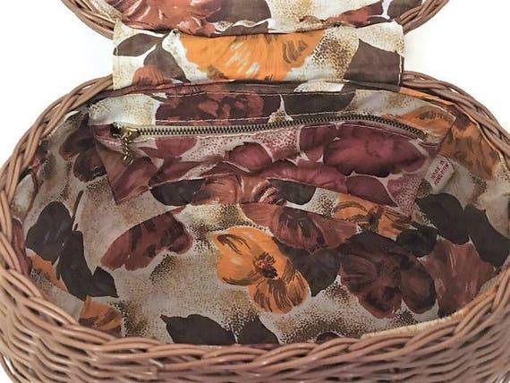 1960s Wicker Purse, Floral Lining, Plastic Wicker… - image 7