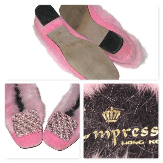 Vintage 60s Pink Fur Slippers, 1960s Beaded Slipp… - image 4