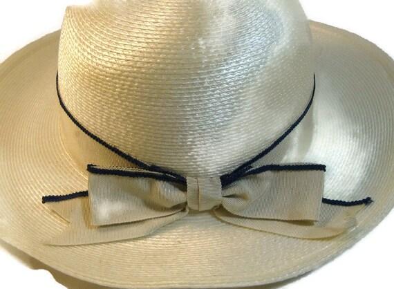1960s Wide Brim Pearl White Spring Hat Vintage 60s Hat Summer  fdf11803e497