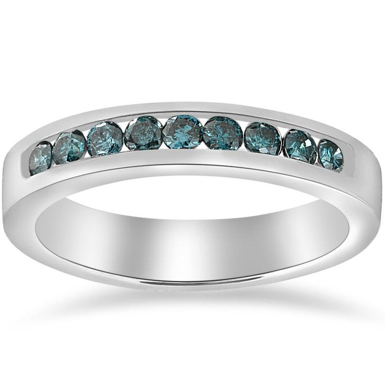 3843f4801710 Anillo de diamante azul diamante azul boda anillo canal