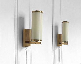 Pair of 1950s Art Deco wall sconces/ wall lights in brass, cream glass
