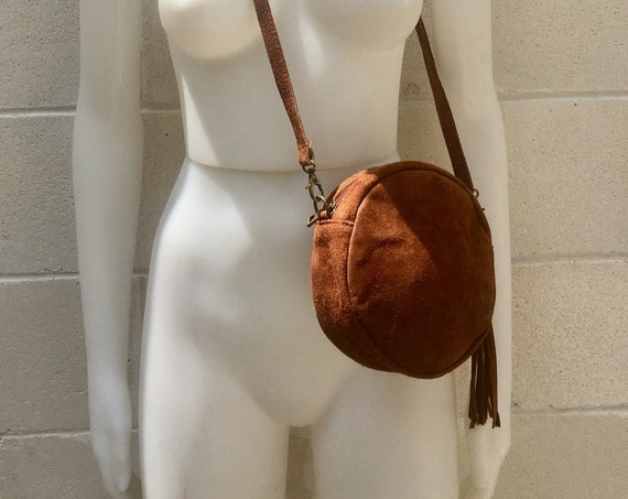 Round cross body bag, small suede bag in BROWN. Adjustable strap + zipper. Small shoulder or cross over bag. Boho, festival RED bag in