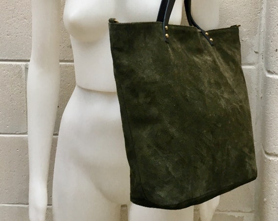 Large TOTE leather bag in dark green. Soft natural suede genuine leather bag. GREEN suede bag. Laptop  bag in suede. Large crossbody bag.