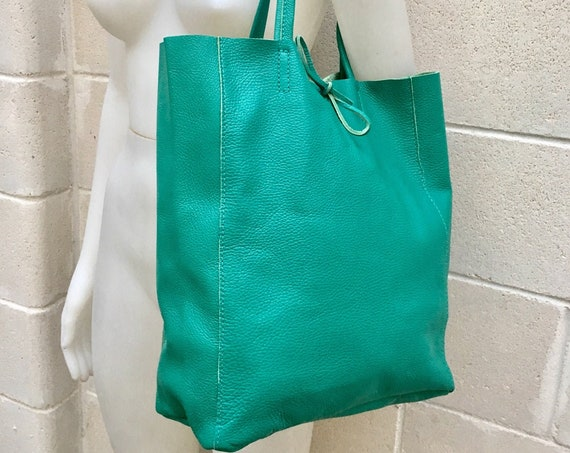 Tote bag in turquoise GREEN.  Genuine leather bag. Laptop bag, office bag to carry your tablet or books. Grain leather tote bag.