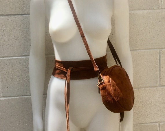 Round cross body bag, small suede bag in BROWN with matching belt.Bag and OBI belt set in suede leather.Adjustable strap + zipper