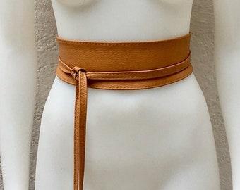 72497df7203 Obi belt in soft leather. Waist belt in brown