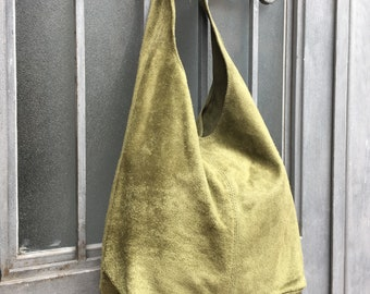Large TOTE leather bag in moss GREEN . Slouch leather bag. Boho bag. Laptop  bags in suede. Large suede leather bag. GREEN suede bag. c2eef6725ab30