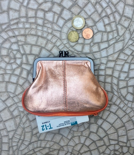 Kiss lock purse in genuine  leather. Metallic orange kiss lock purse for coins, bills and separate zipper for credit cards,