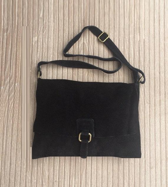 BOHO suede messenger leather bag in BLACK. Cross body bag in BLACK suede. Soft genuine leather messenger bag. School bags