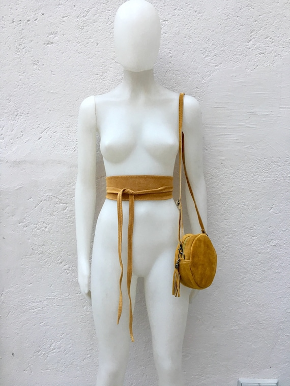 Round cross body bag, small suede bag in MUSTARD  YELLOW  with matching belt.Bag and OBI belt set in suede leather.Adjustable strap + zipper