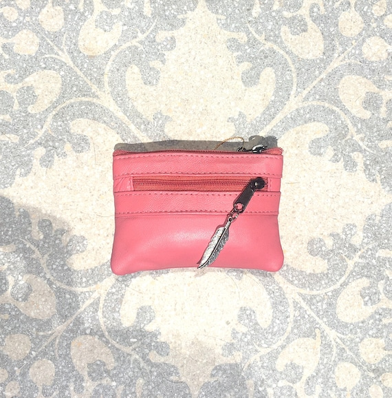 Small purse in PUNCH PINK, genuine leather, closed by 3 zippers. Fits creditcards, coins, bills. Pink leather wallet.