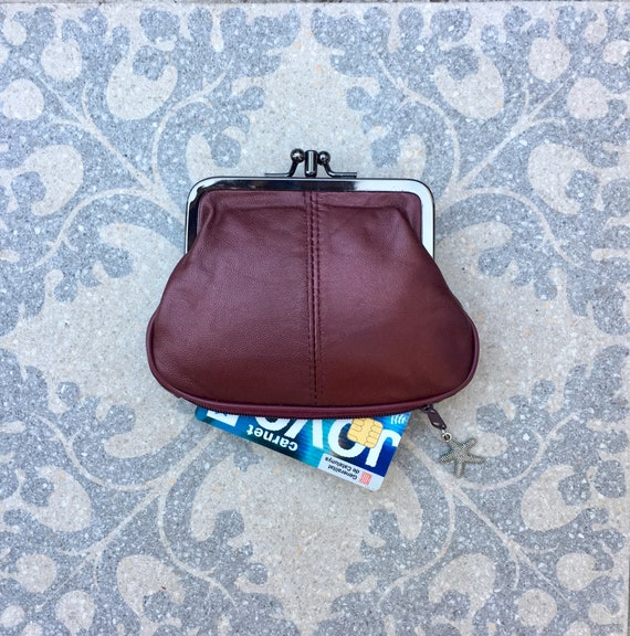 Clip purse in BURGUNDY,  genuine leather. Small vintage style wallet for coins, bills and a separate zipper for credit cards in WINE RED