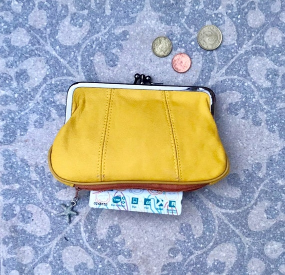 Genuine leather kiss lock  purse  in YELLOW. Retro leather purse, clip purse in soft  yellow leather.  Grandma  wallet with metal frame.