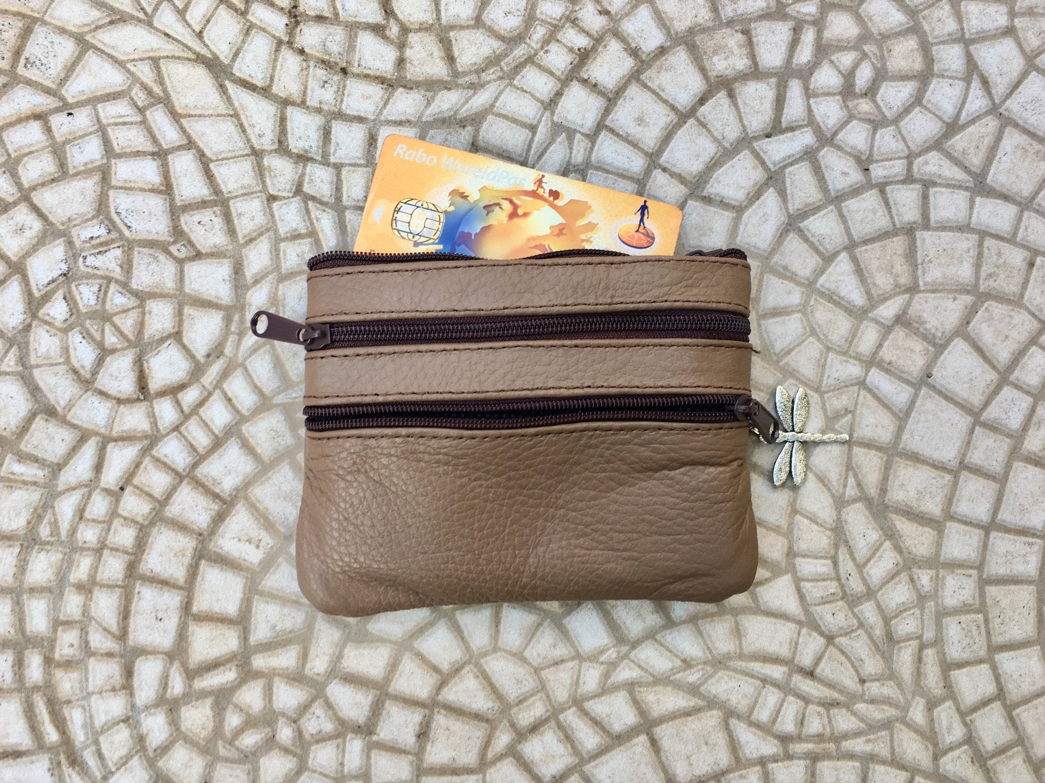 Black Soft Leather Zip Top Coin and Credit Card Purse