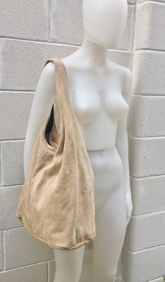 Large TOTE leather bag in  BEIGE with zipper.Beige slouch bag.  Soft natural suede leather bag. Boho bag. BEIGE suede bag.