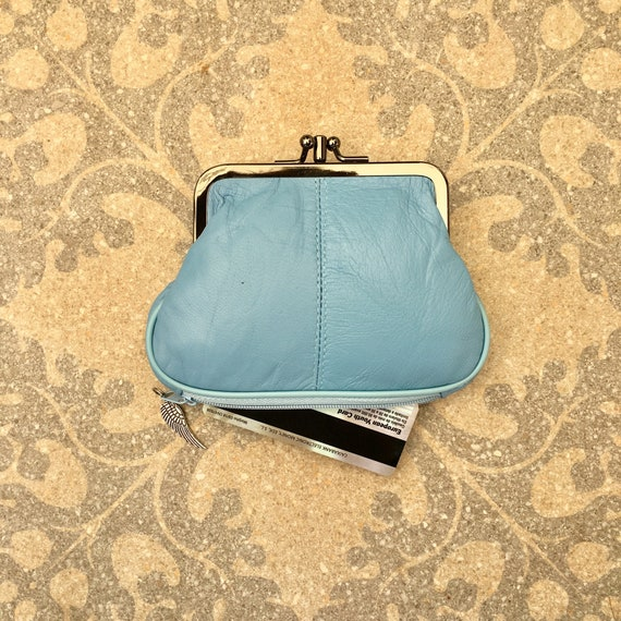 Blue kiss lock purse. Genuine leather small clip purse in LIGHT BLUE. Retro clip purse for coins,bills and separate zipper for credit cards.