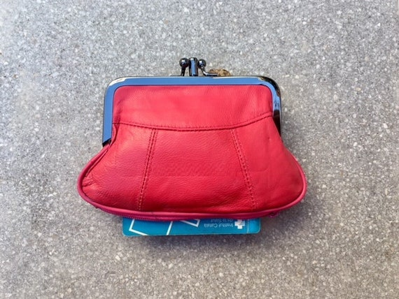 Vintage style small clip purse in genuine leather. shocking pink clip wallet for coins, notes and separate zipper for credit cards.