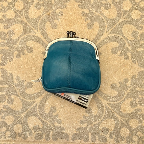 Genuine leather purse in TEAL blue. Small kiss lock purse. Retro style wallet in genuine leather. Blue purse with separate zipper for cards.