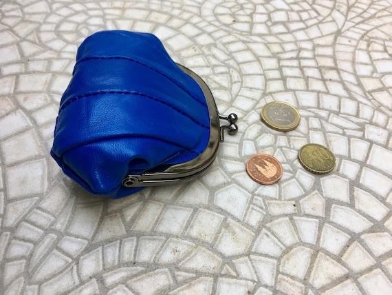 Small coin purse. Genuine leather purse in COBALT BLUE. Retro clip purse in soft  blue leather. Kiss lock coin purse. Retro style purses