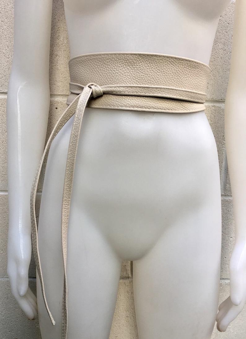 Cream obi belt in soft leather Wraparound belt Wide waist belt in genuine leather Wrap belt in  light beige Boho sash in creamy white
