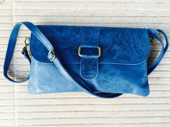 leather bag in cobalt BLUE. Cross body or shoulder bag in genuine leather. Enveloppe bag in  BLUE leather