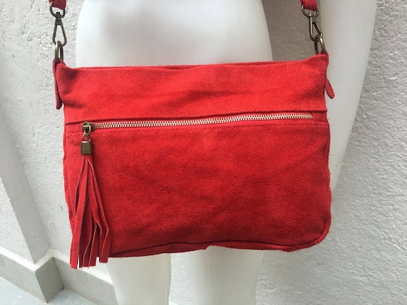 Crossbody suede bag in RED. Boho  bag in genuine leahter. Soft natural suede bag with zippers, adjustable strap and tassel. Hippy suede bags