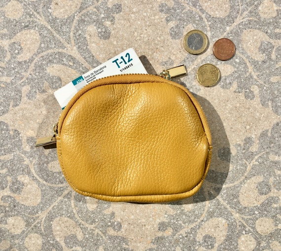 Yellow leather coin purse. Genuine leather zipper wallet in mustard YELLOW. Small cosmetics bag in mustard color with  gold zipper. Pouch.