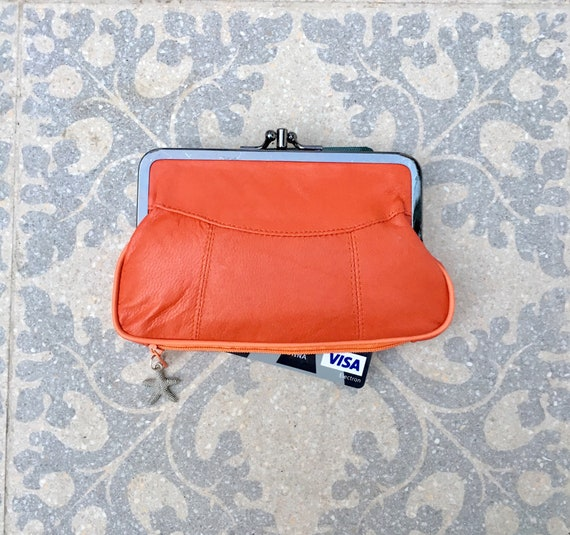 Genuine leather purse in orange with kiss lock. Retro purse in soft orange leather. Clasp wallet, orange leather clip purse