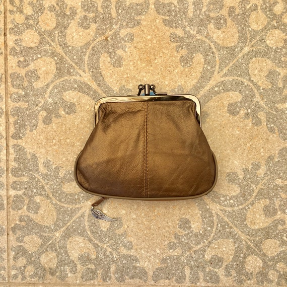 BRONZE BROWN clip purse in genuine  leather.  Vintage style metallic leather kiss lock purse for coins, bills and separate zipper for cards,