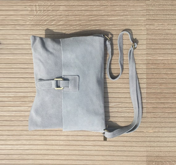 BOHO  suede messenger leather bag in  LIGHT GREY. Cross over bag in grey suede. Soft patent natural genuine leather bag. Festival bags.