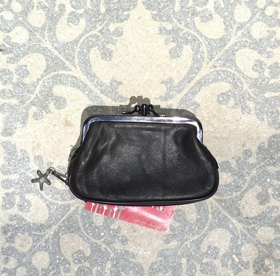 Retro purse in genuine leather. Metallic BLACK leather purse. Clip purse with extra zipper at the base.