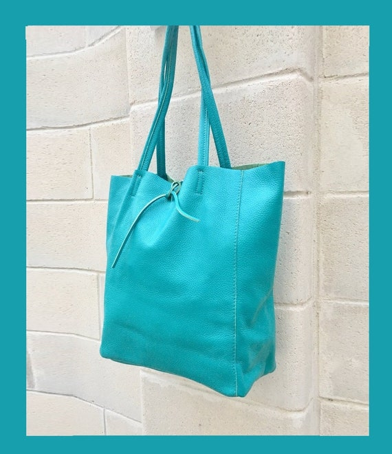 Tote bag in turquoise  BLUE.  Genuine leather bag. Laptop bag, office bag to carry your tablet or books. Grain leather tote bag.