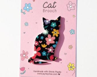 Black cat flower pattern brooch