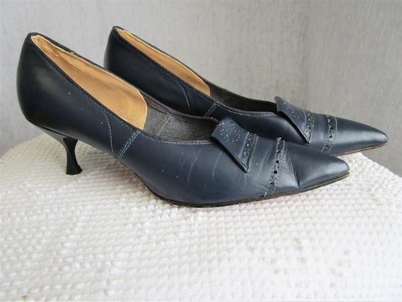 50s 6 Leather Stiletto Kitten Heels